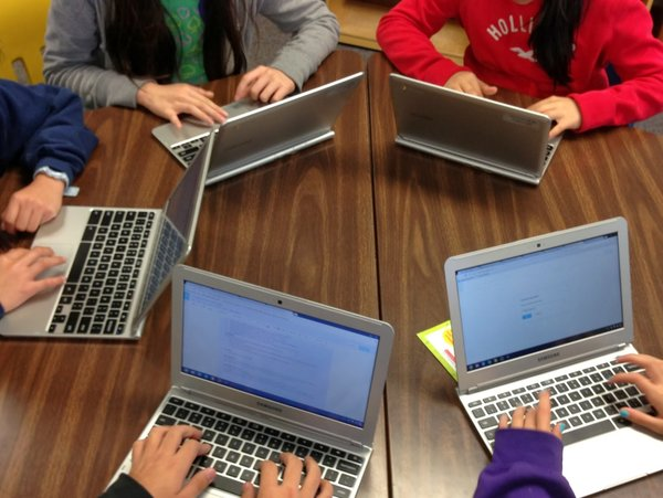Google-Chromebooks Teamwork